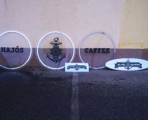 kávézó dekor fóliavágásból